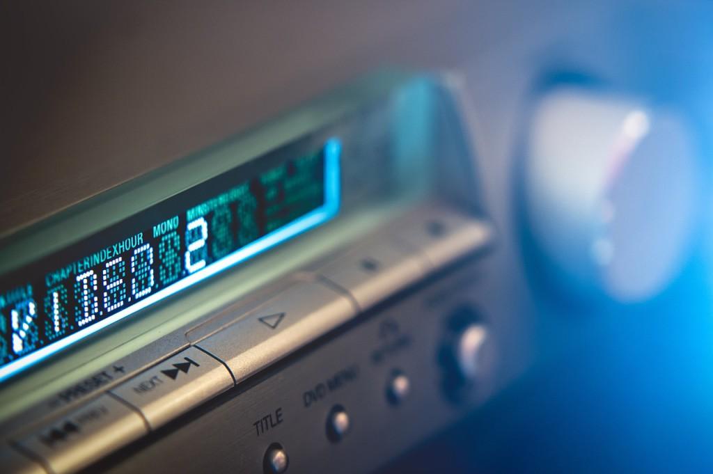 audio-931950_1280